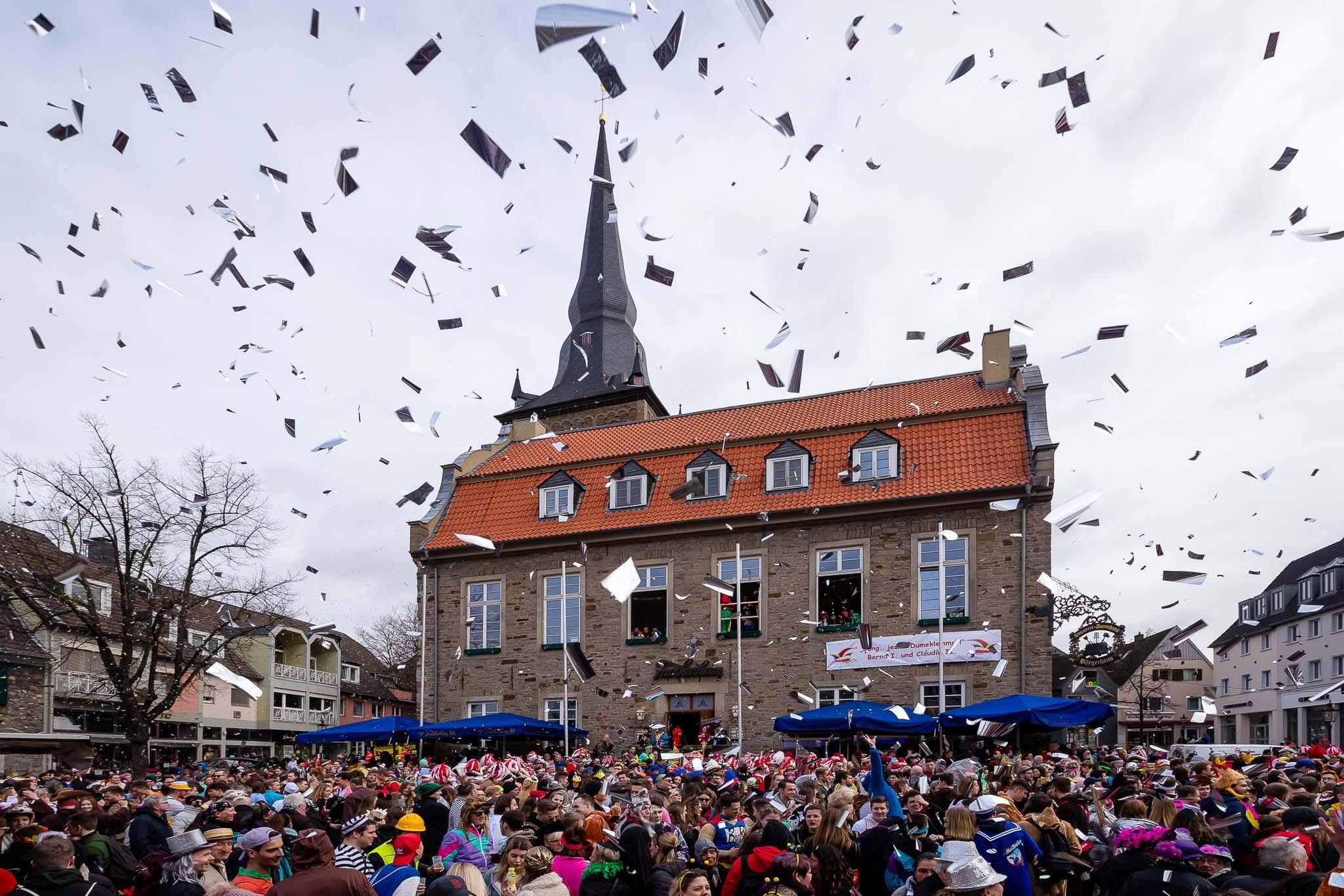 Altweiber 2020 Party Marktplatz Ratingen